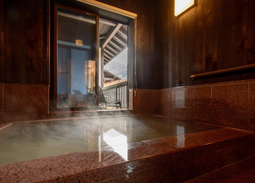 本館特別室 客室温泉風呂 写真3
