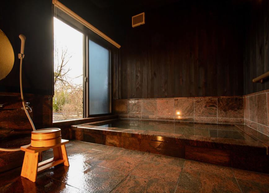 本館特別室 客室温泉風呂 写真5