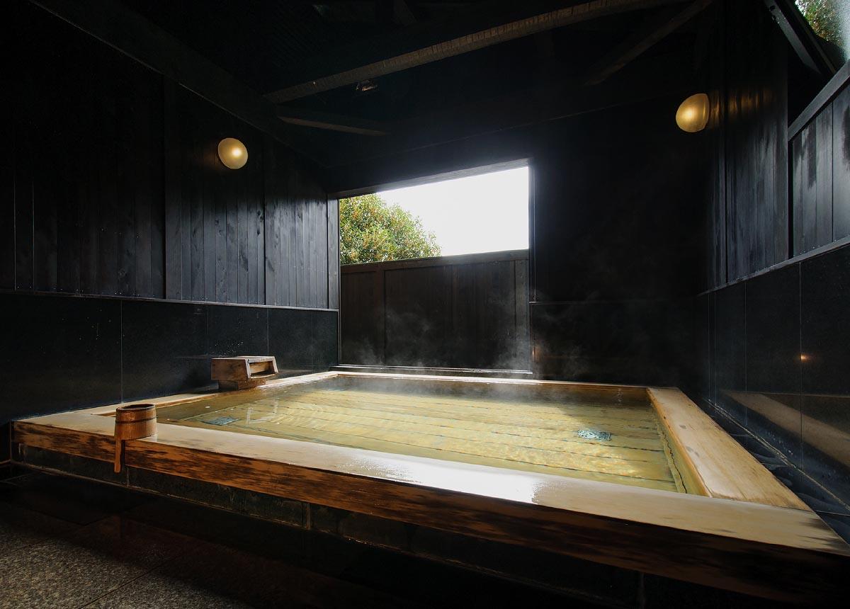 旅籠屋丸一 蔵の湯「林」 スライド3